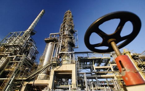 Big Oil bids for giant UAE gas project